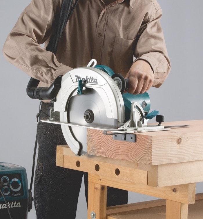 Máy cưa đĩa gỗ HS0600 2000W